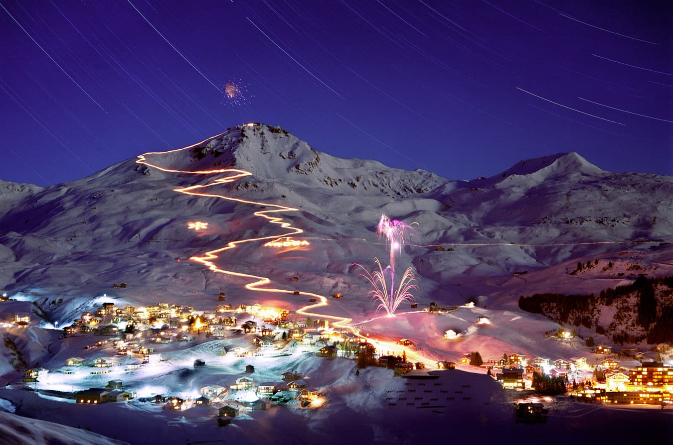 when-to-ski-new-year-fireworks-arosa